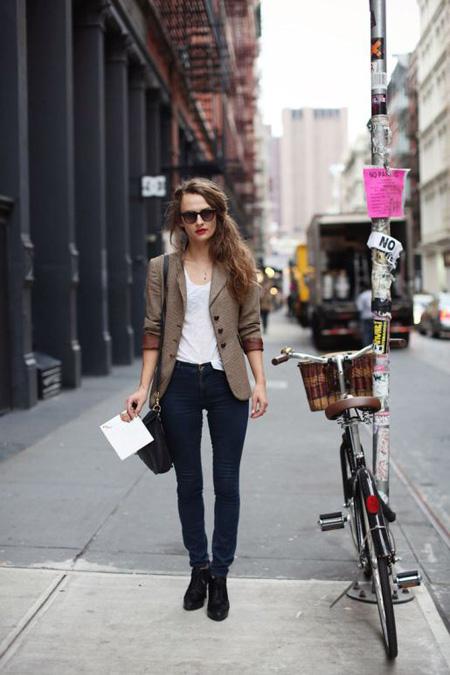 5 nguyên tắc mặc jeans ở công sở
