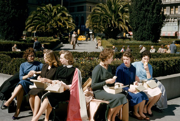 Lịch sử phát triển đầy sự bất ngờ của thời trang công sở