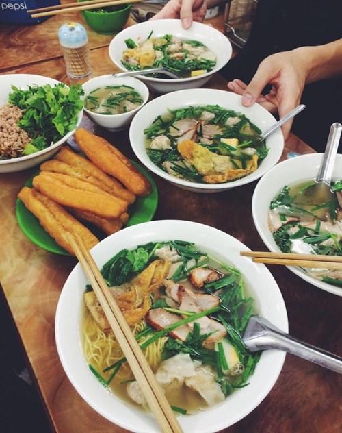 Địa điểm 5 tiệm mỳ vằn thắn nổi như cồn của Hà Nội