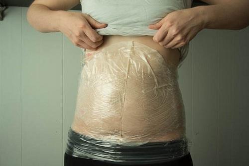 Quấn nilon để giảm mỡ bụng ?