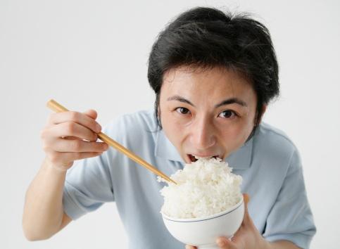 Ăn cơm gạo càng trắng càng 'mau gặp tử thần'