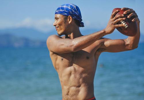 Chia sẻ về cách uống nước đúng cách khi tập gym