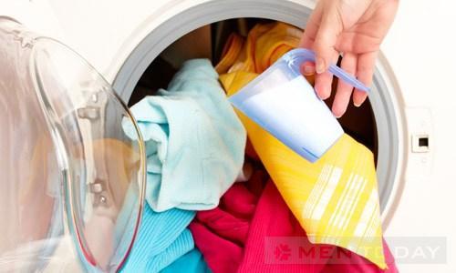 Bí quyết quần áo sau mùa mưa lũ luôn sạch cho chàng độc thân