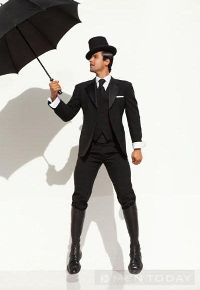 Những trang phục nam giới nên tránh trong mùa mưa bạn nên biết
