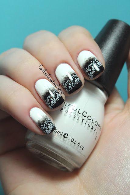 15 mẫu nail 'black white' cho quý cô trung niên