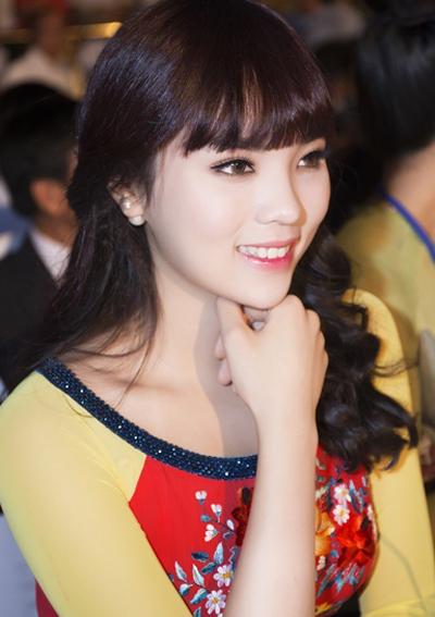 3 kiểu tóc đơn giản được sao Việt say mê