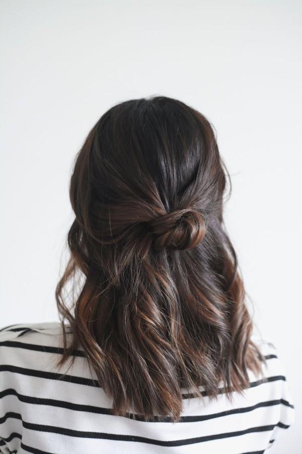 9 kiểu tóc búi đẹp cho nàng sành điệu đến chốn công sở