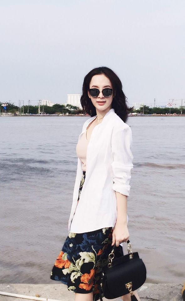 Angela Phương Trinh xinh lung linh