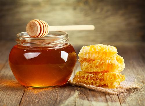 Có phải mật ong thật thì kiến không bu