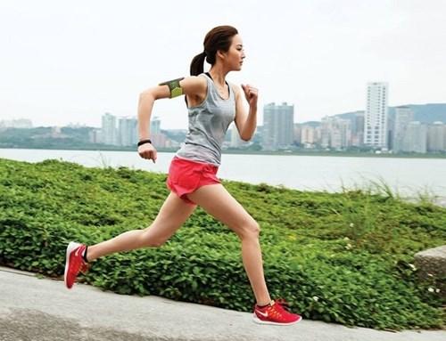 Gọt sạch mỡ thừa ở bắp vế và bắp chân cho phái đẹp chỉ với 4 bài tập đơn giản