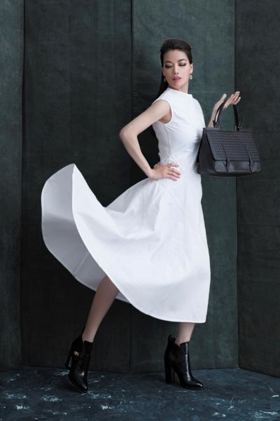 Người đẹp Trương Ngọc Ánh sang trọng với phụ kiện Bottega Veneta