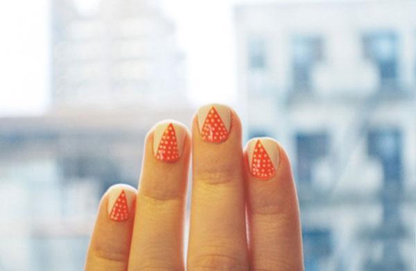 Những kiểu nail chấm bi đẹp nhất hè này