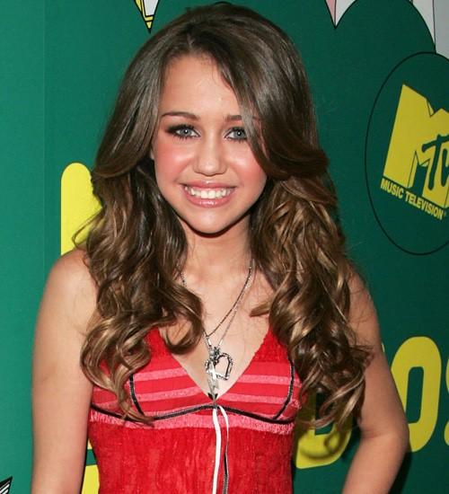Những kiểu tóc đẹp của Miley Cyrus