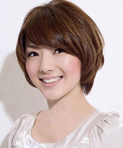 Những kiểu tóc ngắn mái lệch uốn xoăn trẻ trung cho bạn nữ
