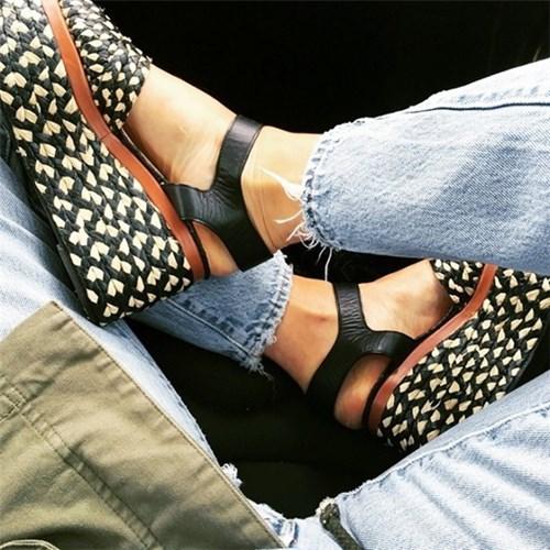 Những sandal sẽ chiếm thế thượng phong năm nay