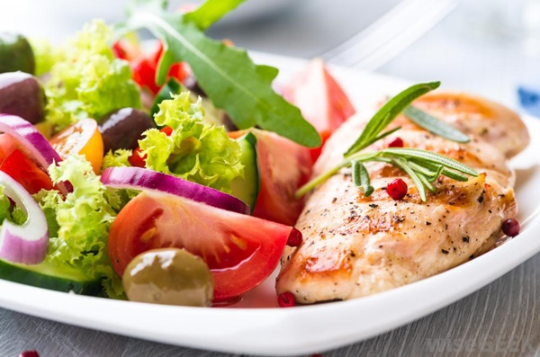 Những thực phẩm nhiều đạm tốt cho người muốn giảm cân