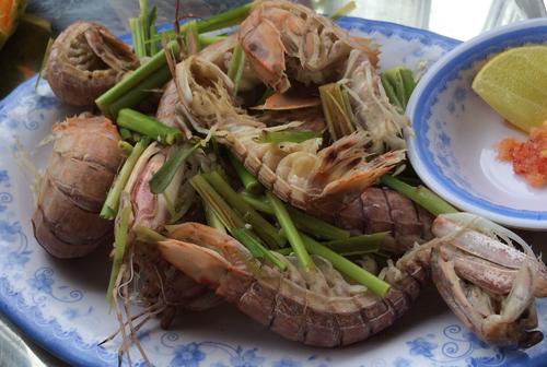 Quán hải sản đồng giá 60.000 đồng ở Đà Nẵng
