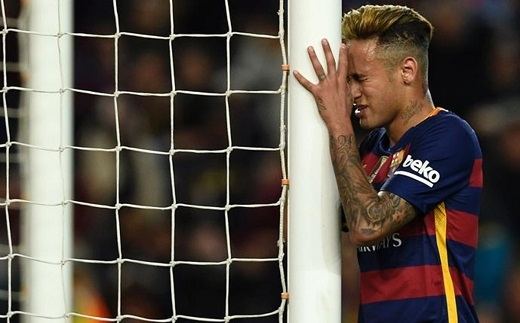 Vì sao phong độ của Neymar bị sa sút