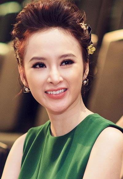 Angela Phương Trinh, Minh Hằng khéo léo tán mắt sắc sảo tự nhiên hút ánh nhìn