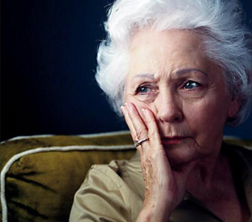 Bí quyết chặn nguy cơ suy dinh dưỡng ở người già