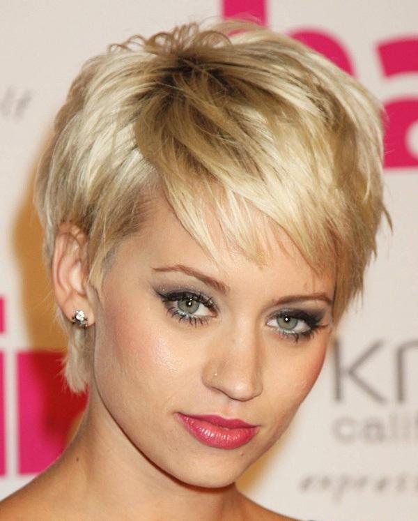 Bí quyết giúp nàng trẻ trung, năng động hơn với mái tóc