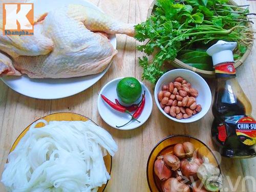 Cách đơn giản để làm món phở gà trộn đơn cho bữa sáng