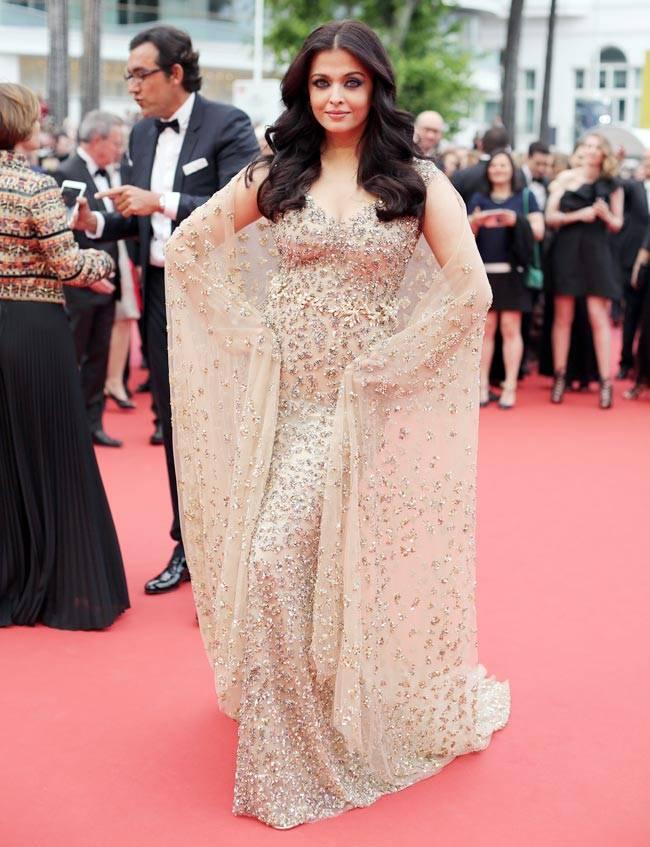 Hoa hậu đẹp nhất thế giới hóa nữ thần trên thảm đỏ Cannes