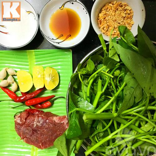 Ngon miệng với món nộm rau muống trộn thịt bò giòn ngon