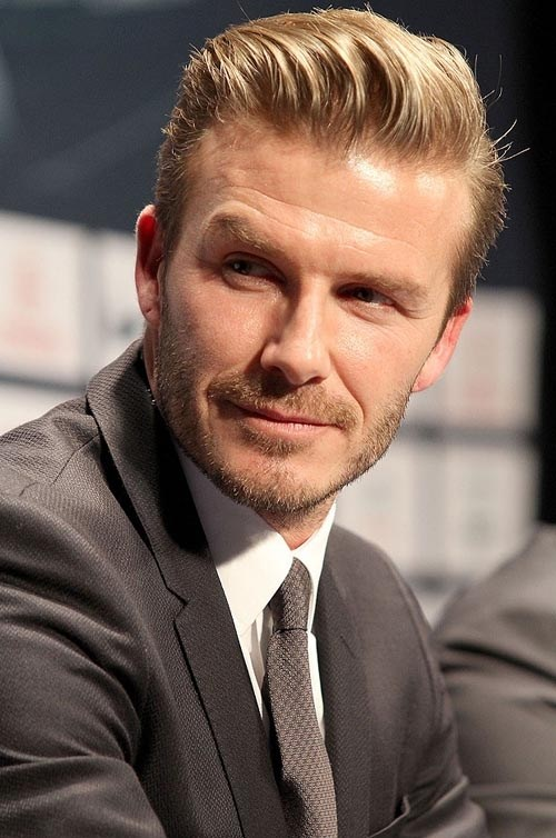 Những kiểu tóc của Beckham khiến cả 2 phái đổ gục