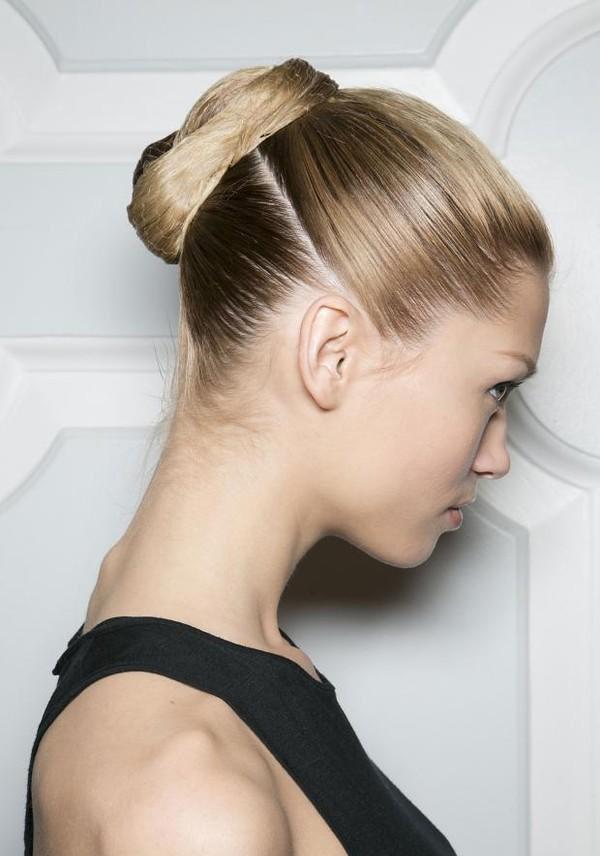 Xu hướng tóc 2016 với những kiểu tóc đơn giản thập niên 70