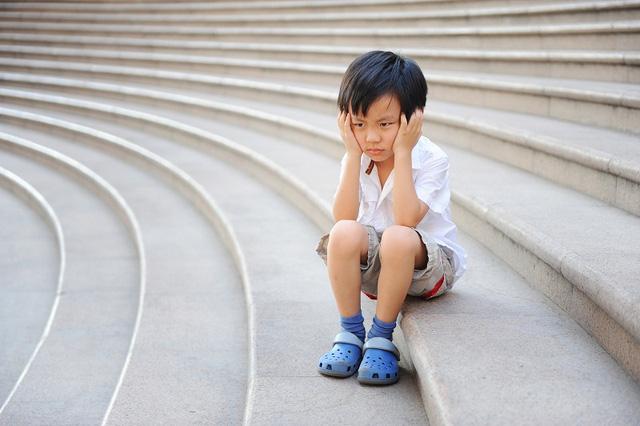 Trẻ suy dinh dưỡng 3 năm đầu đời dễ thấp còi khi trưởng thành