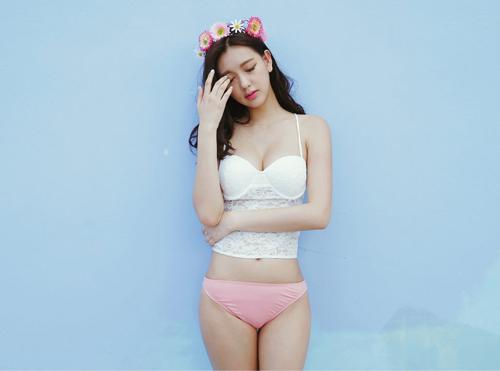 Tuyệt chiêu chọn những bộ bikini kín đáo cho nàng bớt ngại ngùng