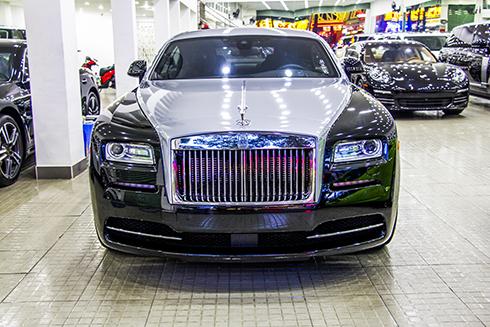 Hình ảnh siêu xe Rolls-Royce Wraith 'chạy thuế' về Việt Nam