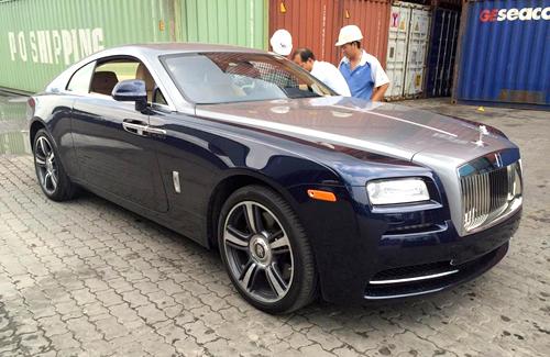 Rolls-Royce không chính hãng dồn về Việt Nam