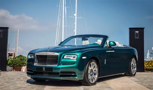 Bộ đôi Rolls-Royce phiên bản ngọc lục bảo