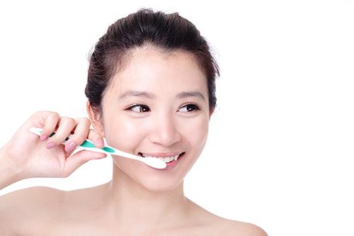 Đánh răng tốt nhất là khi nào ?