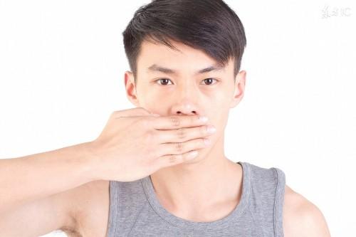 Mùi vị trong miệng sau khi ngủ dậy báo hiệu cho bạn biết điều gì