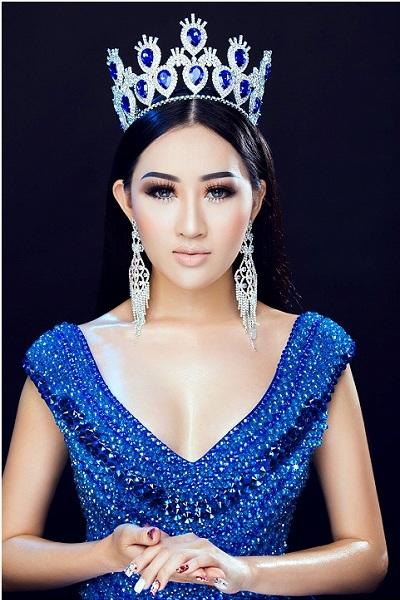 Hoa hậu Huỳnh Thuý Anh lộng lẫy với tông trang điểm lạ