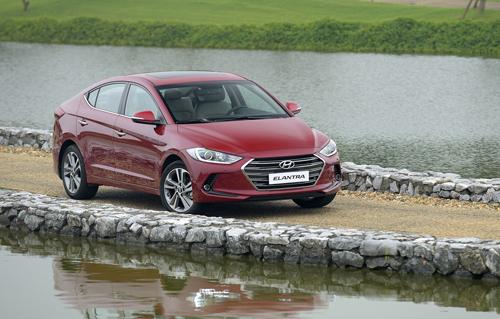 Hyundai Elantra 2016 ưu thế nào cho kẻ đến sau tại Việt Nam?