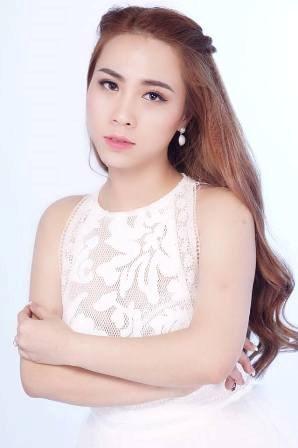 Hạnh Yumy cố gái 9x kiếm tiền 'khủng' nhờ kinh doanh online