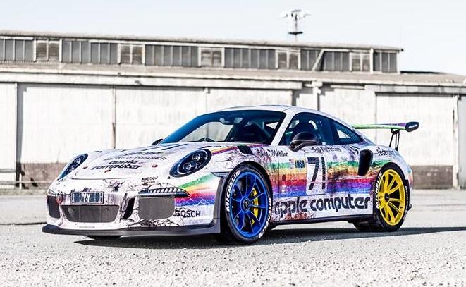 Porsche 911 GT3 RS độ theo phong cách máy tính Apple