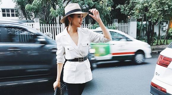 Siêu mẫu Thanh Hằng xứng danh 'nữ hoàng hàng hiệu'