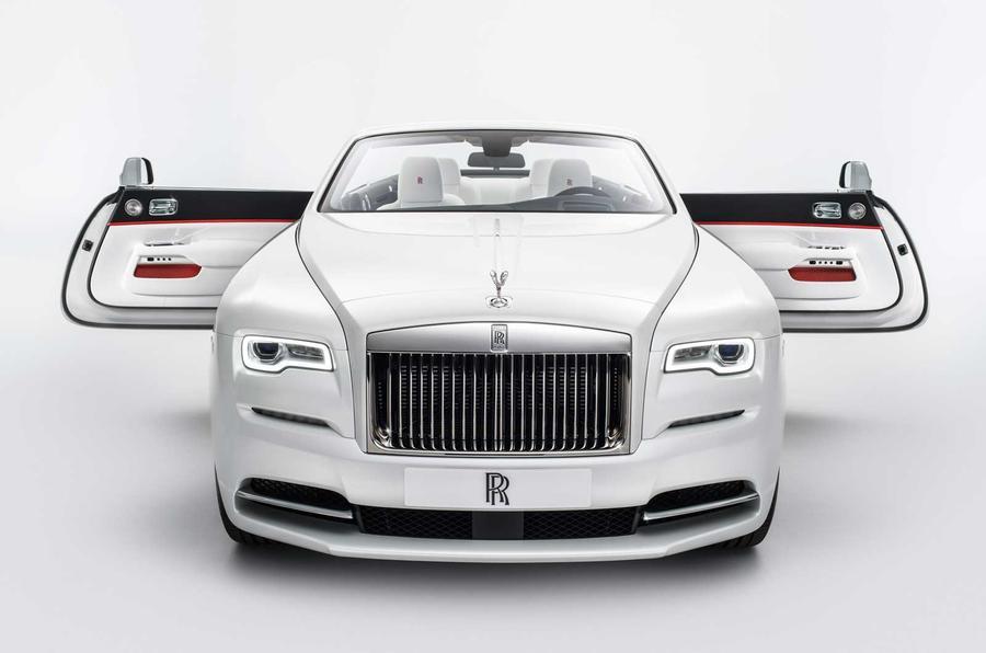 Siêu phẩm Rolls-Royce được tạo bởi nhà thiết kế thời trang chuyên nghiệp