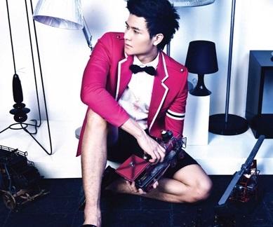 Áo sơ mi nam màu sắc đẹp nổi bật của NTK Chung Thanh Phong
