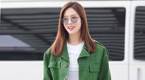 Street style của sao Hàn nổi bật tuần qua