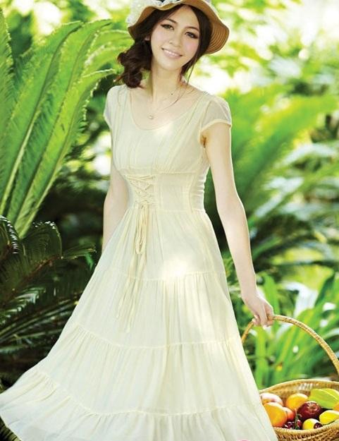 Váy đầm maxi dáng dài đẹp lãng mạn ngọt ngào dạo phố ngày hè