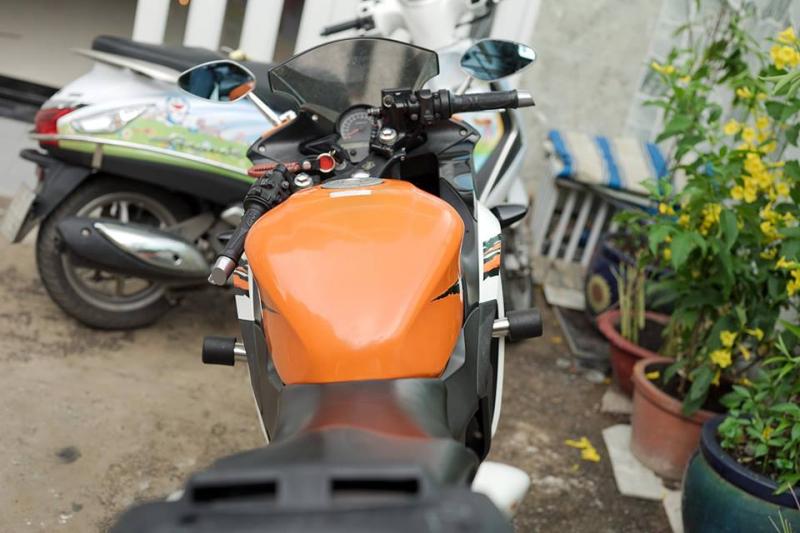 Hình ảnh Honda CBR150 độ nhẹ