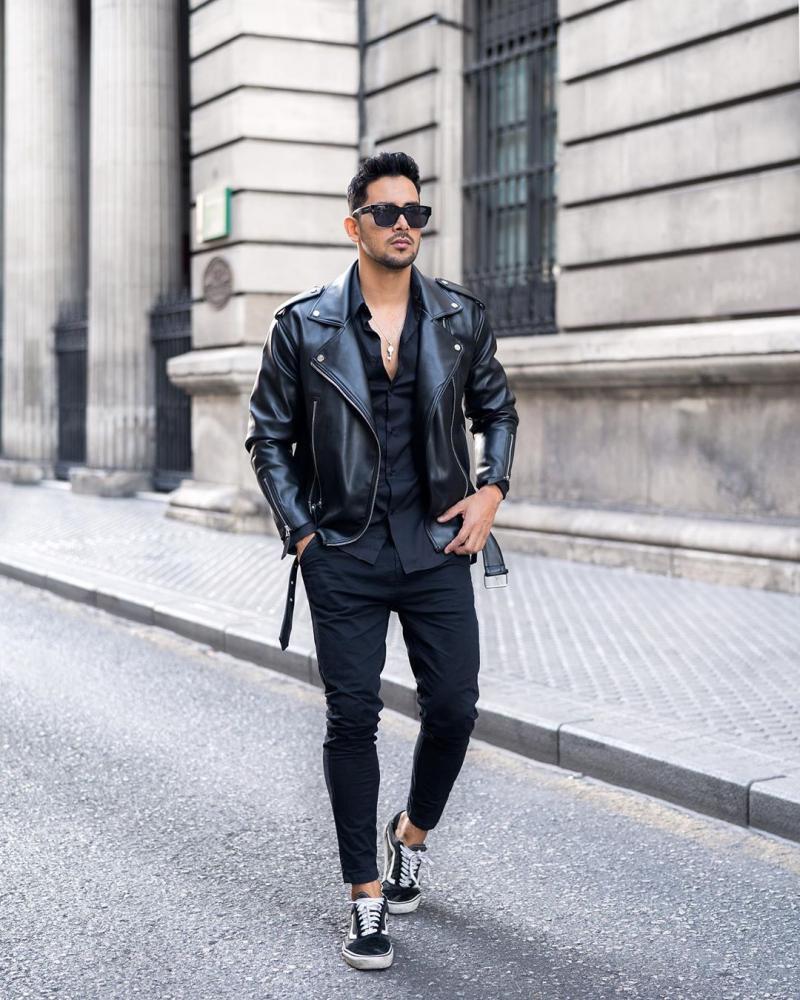4 tips phối áo khoác biker jacket da chất cực chất