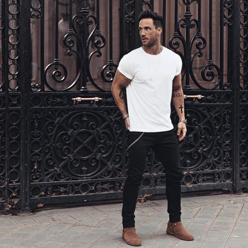 9 cách phối đồ nam đơn giản mà chất chơi cùng quần jeans đen mạnh mẽ
