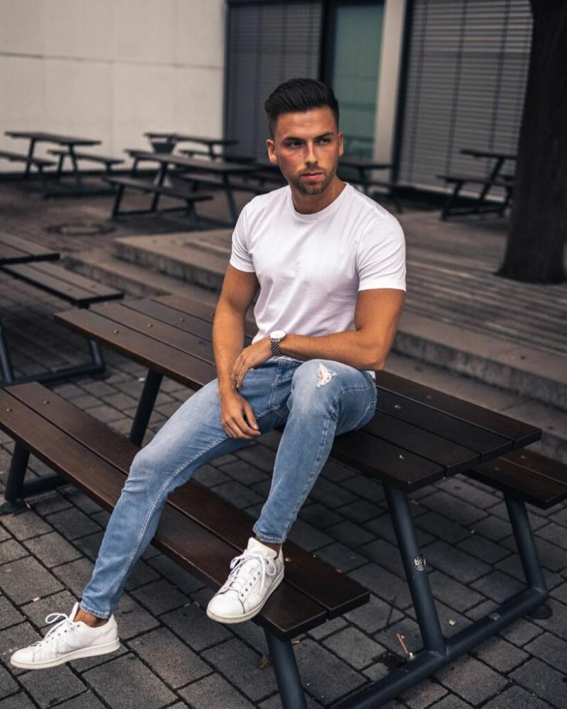 8 cách phối đồ với áo thun trắng cực đơn giản giúp chàng phong cách